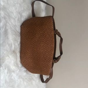 Pre-owned woven Fossil bag